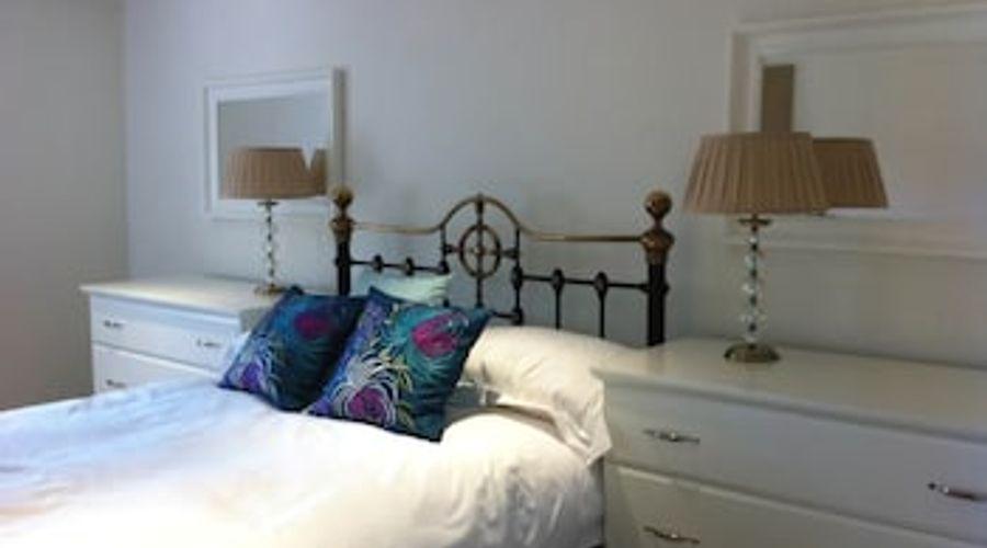 Manor House, Felpham Serviced Apartments-2 of 44 photos