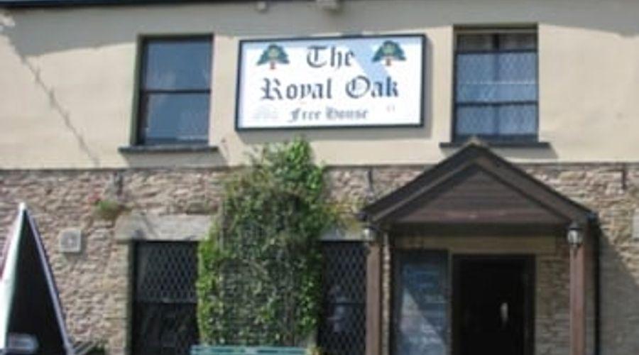 The Royal Oak-1 of 7 photos