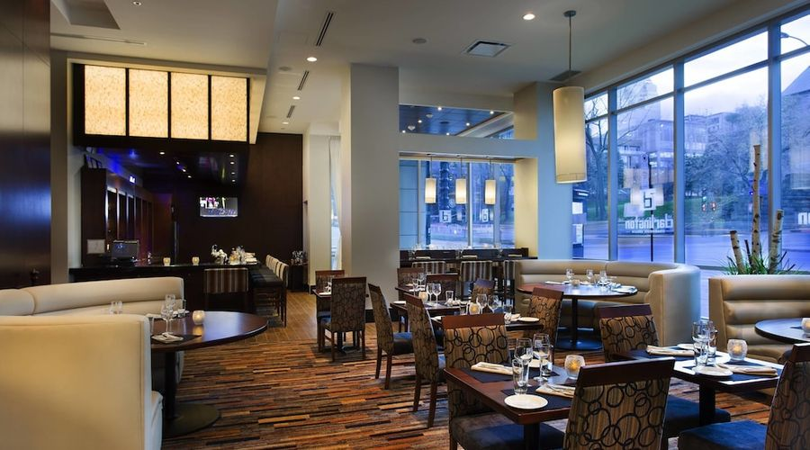 Courtyard by Marriott Montreal Downtown-16 of 28 photos