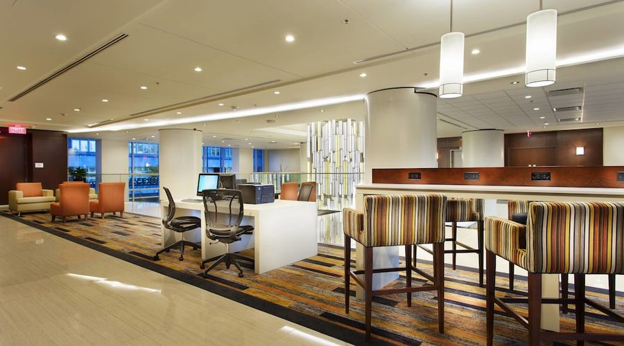 Courtyard by Marriott Montreal Downtown-26 of 28 photos