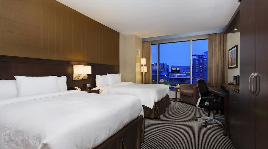Courtyard by Marriott Montreal Downtown-8 of 28 photos