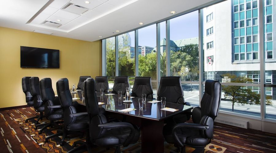 Courtyard by Marriott Montreal Downtown-25 of 28 photos