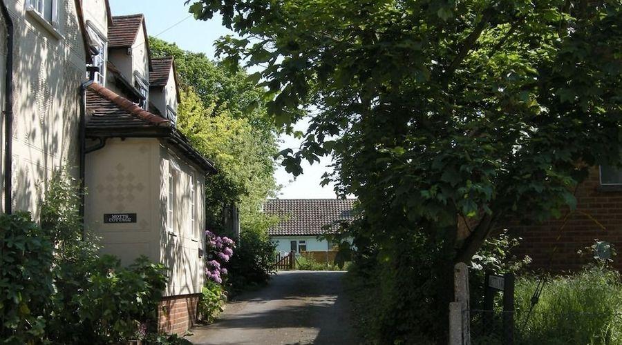Motts Cottage-7 of 9 photos