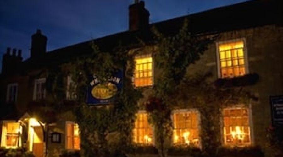 The White Lion Inn-1 of 10 photos