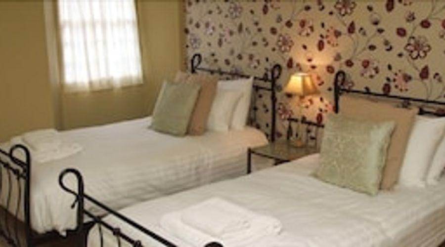 The Royal Oak Inn-7 of 29 photos