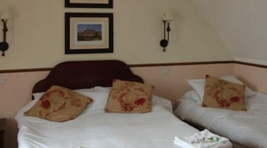 The Charlton Inn-3 of 20 photos