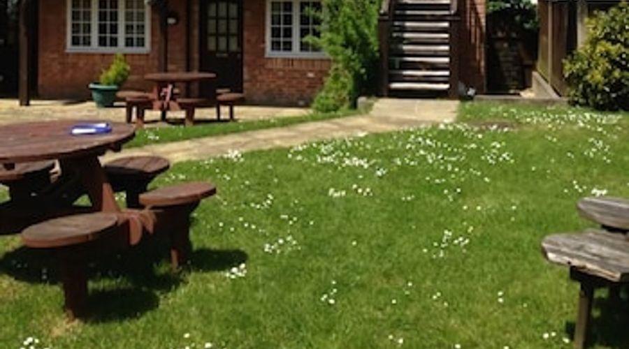 The Charlton Inn-17 of 20 photos