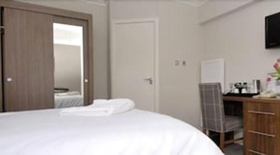 Anchor Hotel-3 of 8 photos