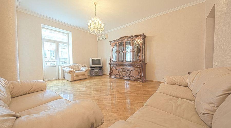 Olga Apartments on Khreschatyk-50 of 77 photos