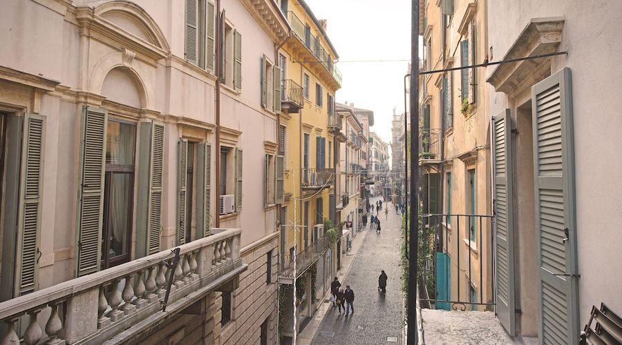 Truly Verona-65 of 213 photos