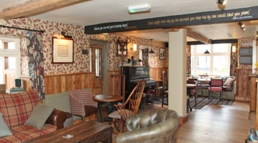 The White Lion Inn-3 of 15 photos