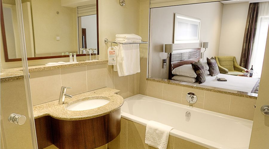 City Lodge Hotel at OR Tambo International Airport-15 of 40 photos