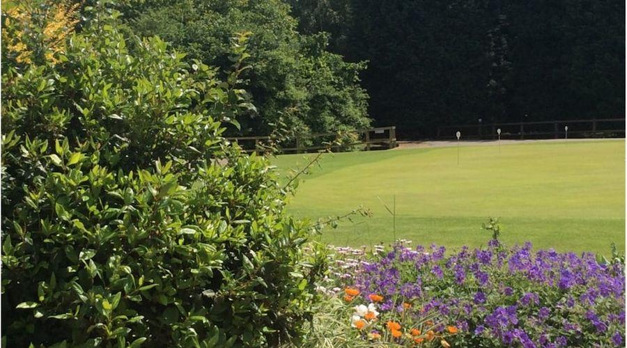 Lakeside Lodge Golf Centre-33 of 33 photos