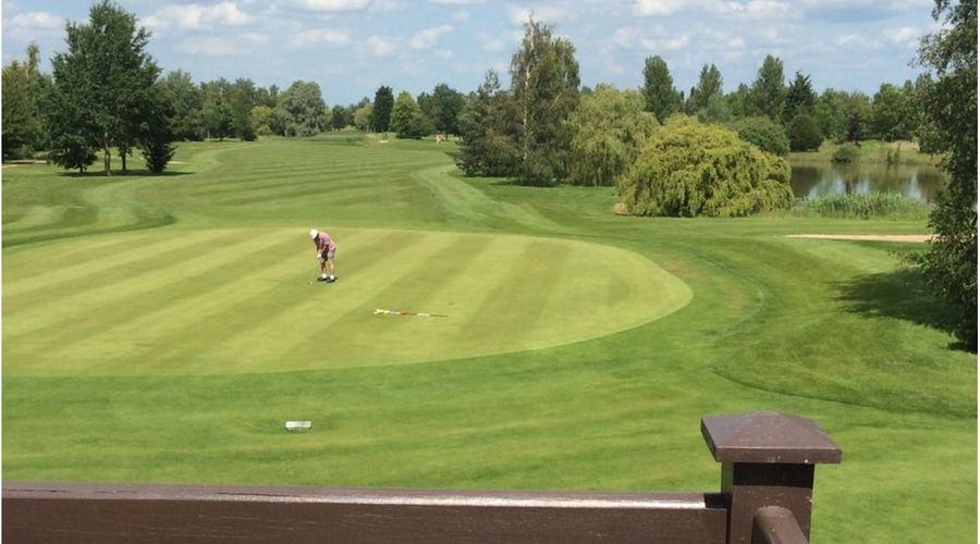 Lakeside Lodge Golf Centre-24 of 33 photos