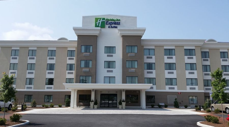 Holiday Inn Express & Suites West Ocean City-45 of 54 photos