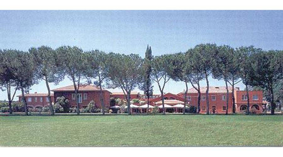 Park Hotel La Borghesiana-1 من 6 الصور