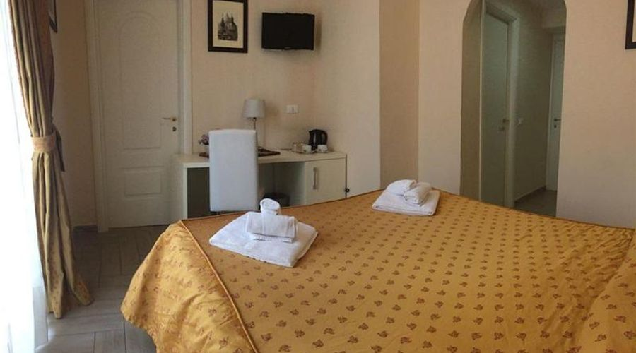 Four Rivers Suites in Rome-5 من 18 الصور