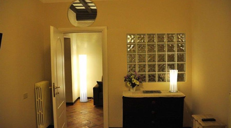 Four Rivers Suites in Rome-9 من 18 الصور