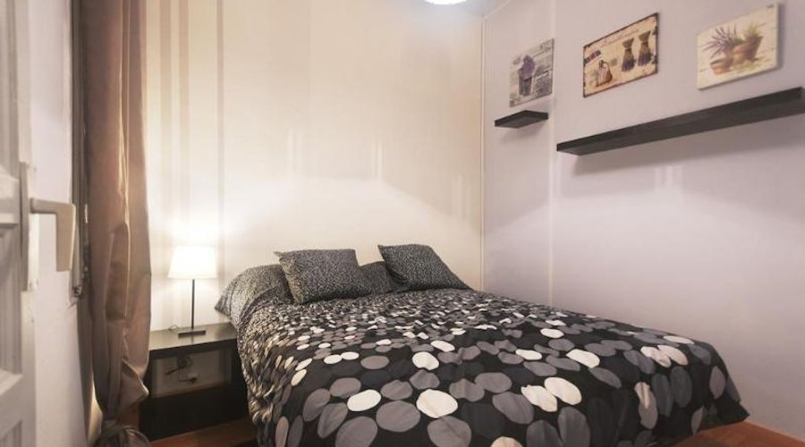 Barcelona 10 Apartments-3 من 17 الصور