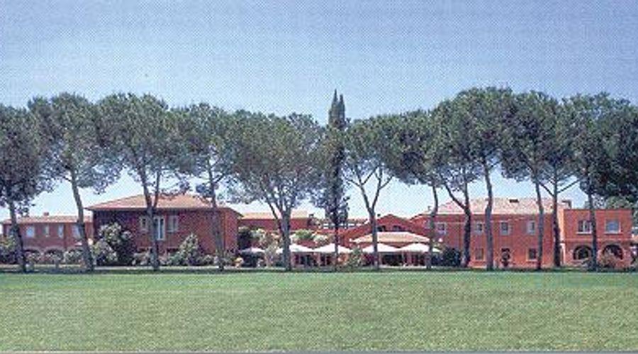 Park Hotel La Borghesiana-2 من 6 الصور