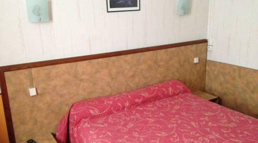Hotel Studia-8 من 12 الصور