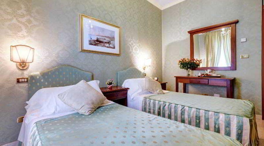Hotel Residenza In Farnese-17 من 50 الصور