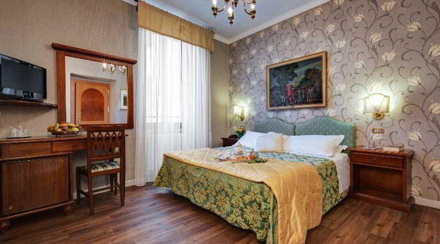 Hotel Residenza In Farnese-23 من 50 الصور