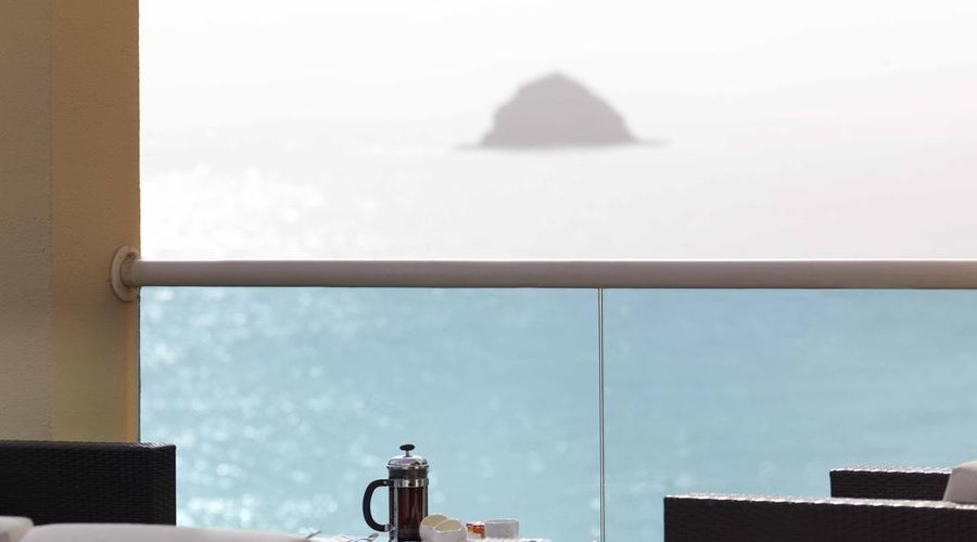 Radisson Blu Resort, Fujairah-6 of 29 photos