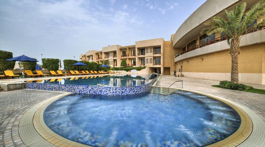 Marina Hotel Kuwait-31 of 42 photos