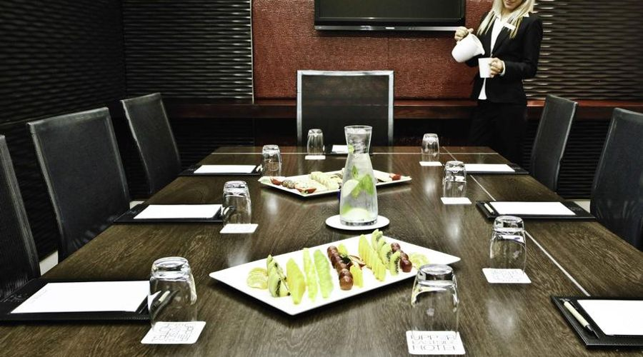 DoubleTree by Hilton Hotel Cape Town - Upper Eastside-5 of 42 photos