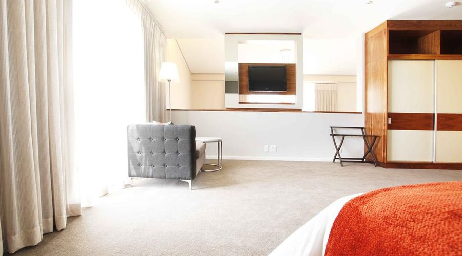 DoubleTree by Hilton Hotel Cape Town - Upper Eastside-9 of 42 photos