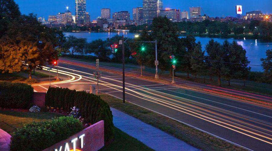 Hyatt Regency Cambridge, Overlooking Boston-32 of 46 photos