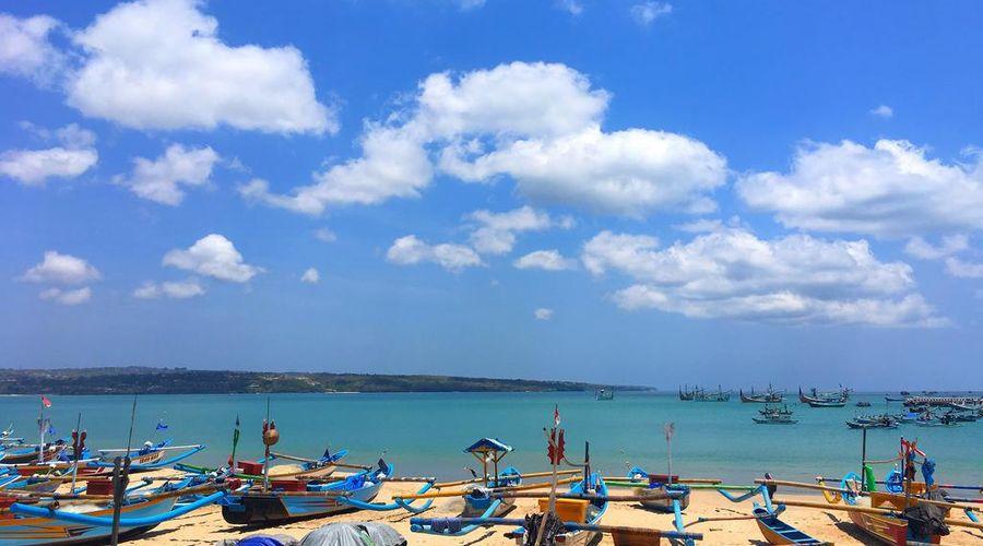 Ahimsa Beach-7 of 19 photos