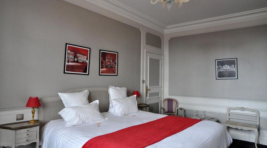 Grand Hotel de la Reine-11 of 49 photos