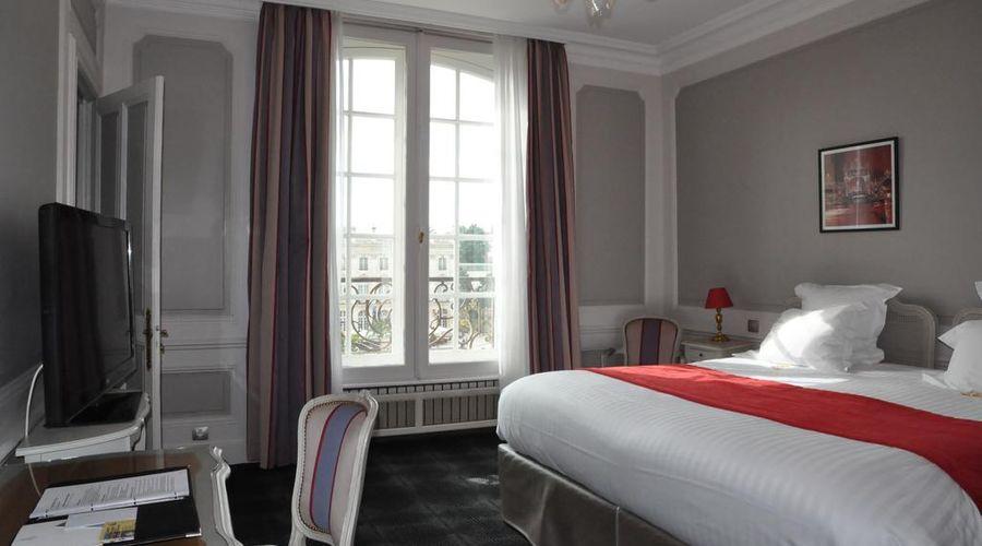 Grand Hotel de la Reine-12 of 49 photos