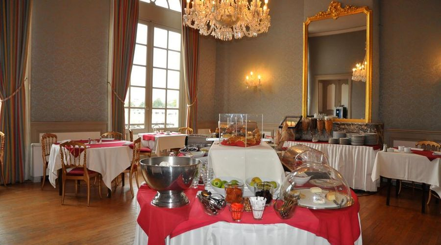 Grand Hotel de la Reine-16 of 49 photos