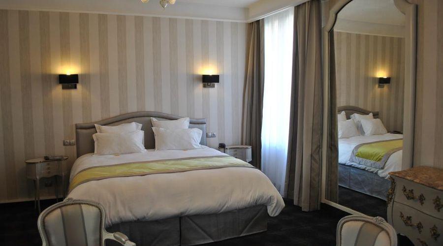 Grand Hotel de la Reine-19 of 49 photos
