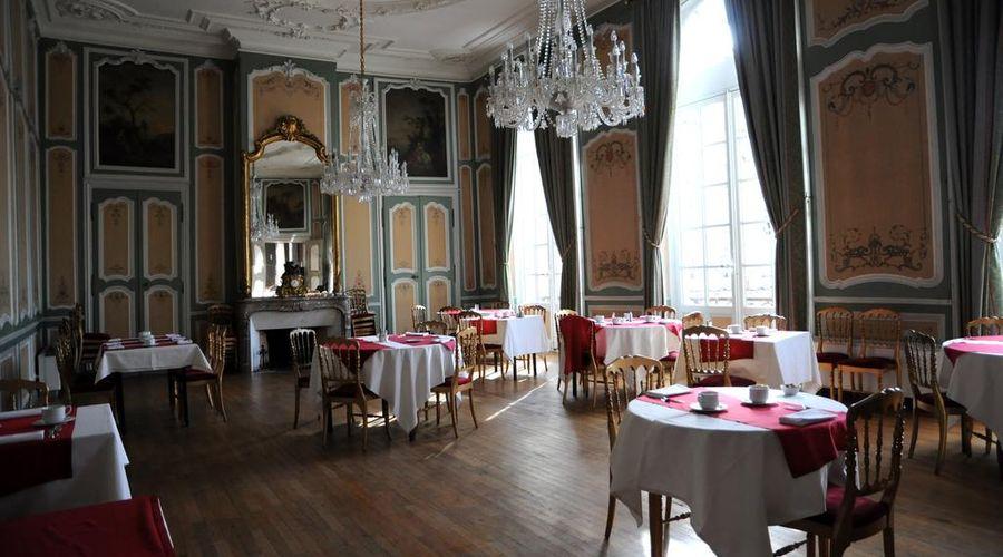Grand Hotel de la Reine-20 of 49 photos