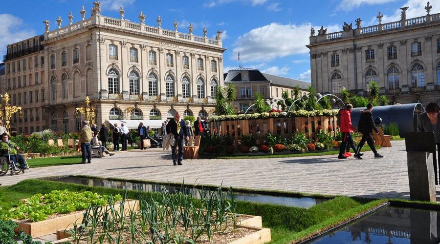 Grand Hotel de la Reine-3 of 49 photos