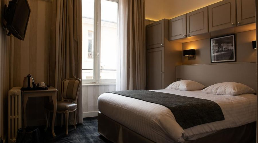 Grand Hotel de la Reine-47 of 49 photos