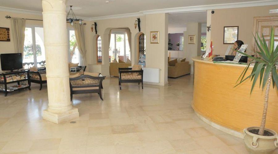 Hotel Residence Romane-4 of 46 photos