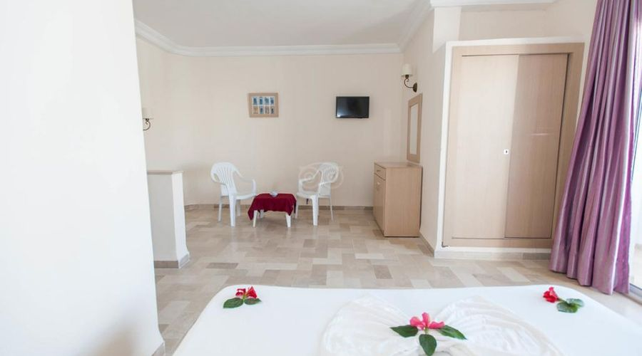Hotel Residence Romane-43 of 46 photos