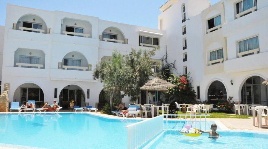 Hotel Residence Romane-8 of 46 photos