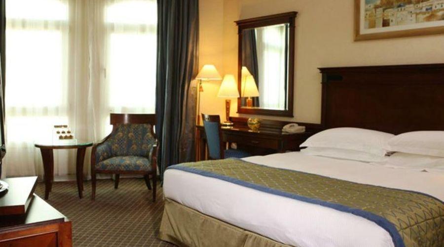 Swissotel Al Murooj Dubai-10 of 46 photos