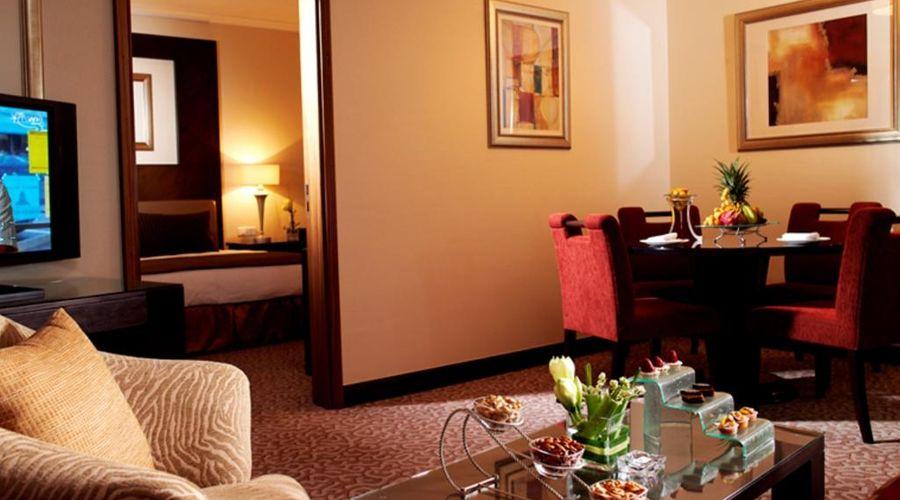 Swissotel Al Murooj Dubai-8 of 46 photos