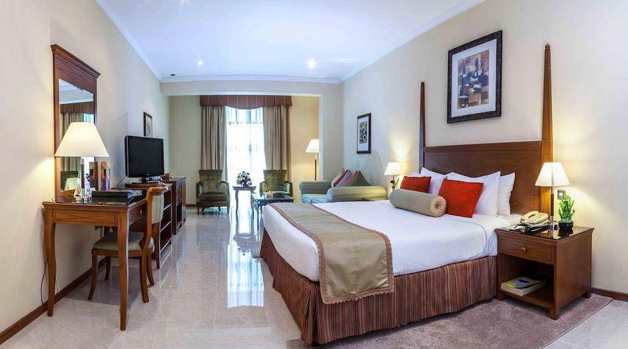 The Country Club Hotel Dubai-8 of 27 photos
