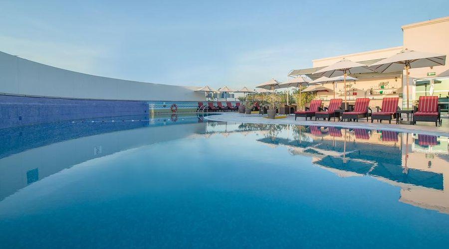هوليداي إن بر دبي - حي السفارات-2 من 31 الصور