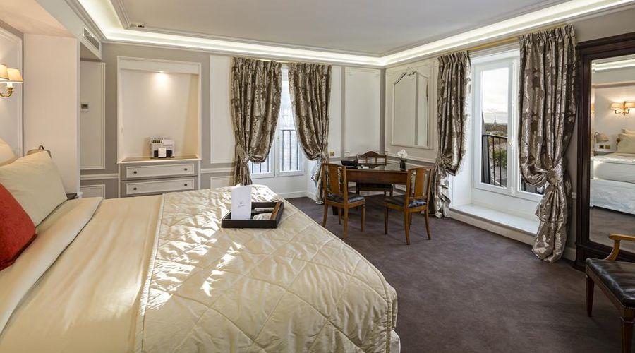 Hotel Regina Louvre-29 of 32 photos