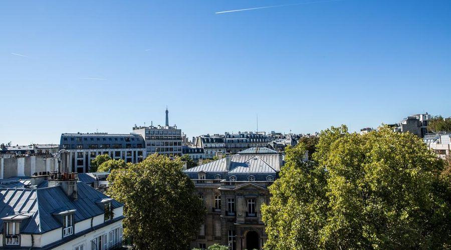 Royal Garden Champs-Elysées-21 of 45 photos