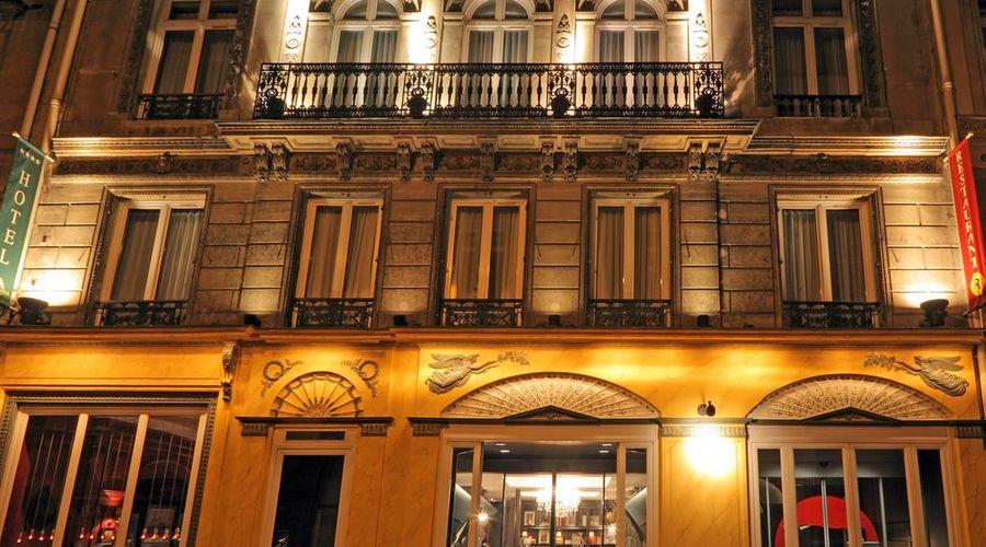 New Hotel Roblin La Madeleine-1 of 45 photos
